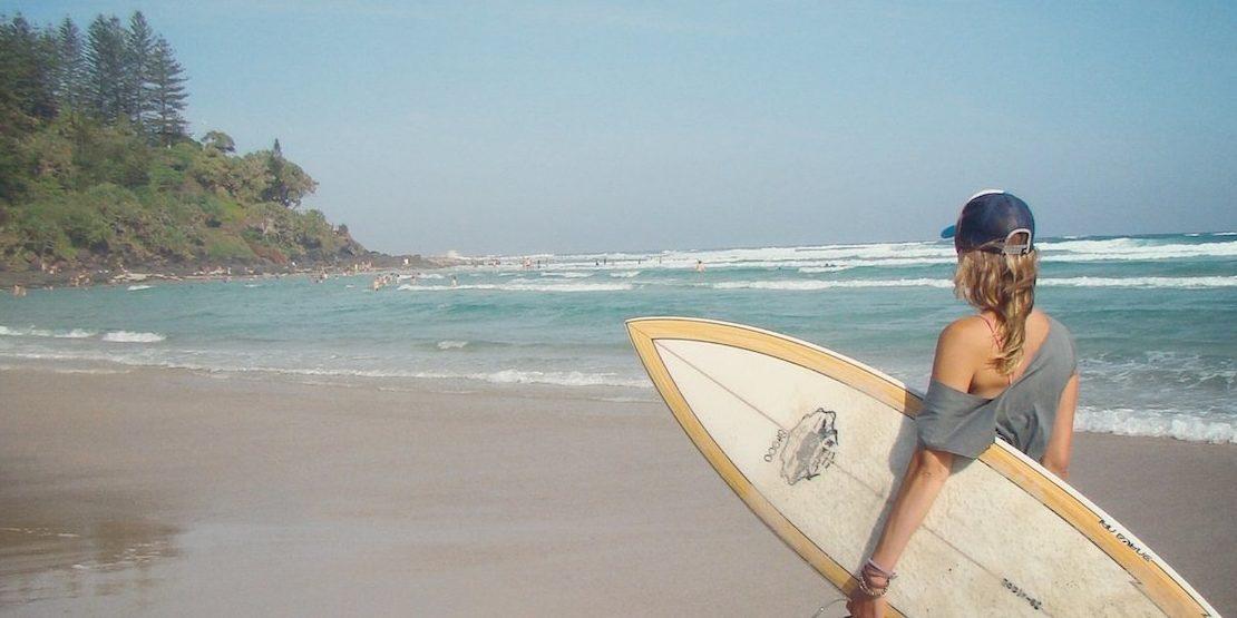 chica surfista